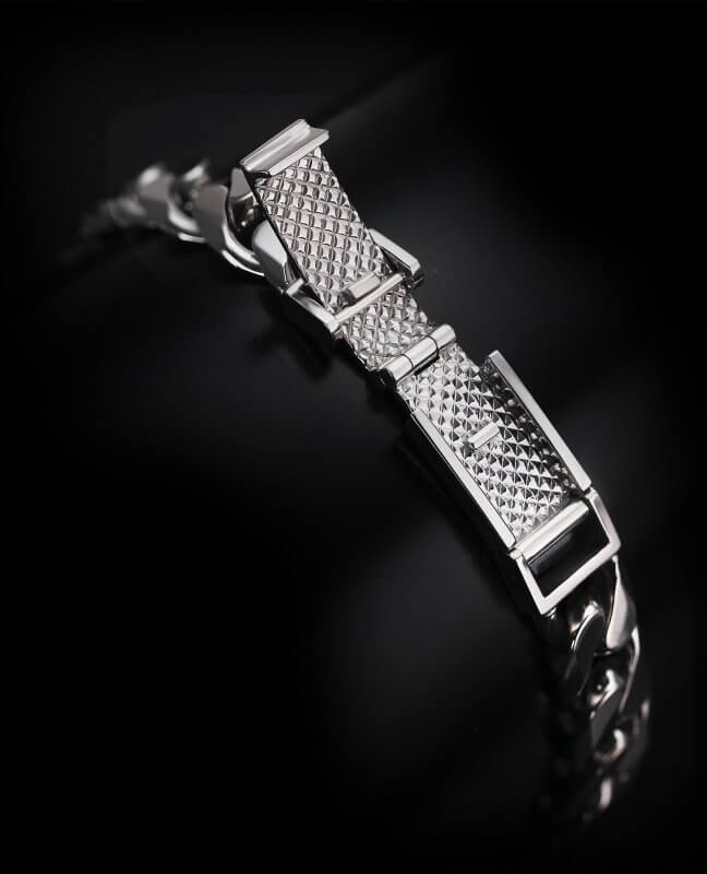 ByEnzo's Dual security mechanical linking device on platinum bracelet clasp