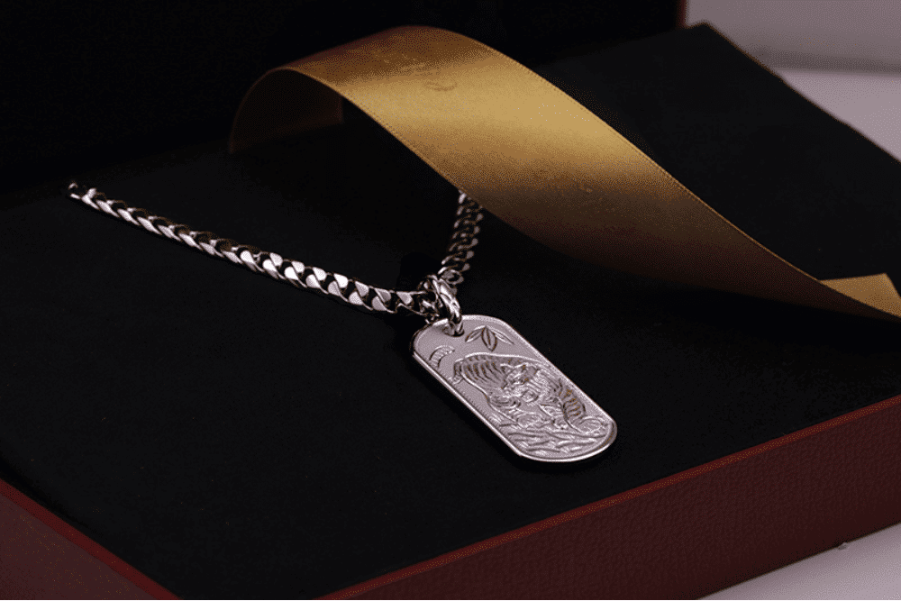 dog tag tiger penpant in platinum, hand crafted jewelry from ByEnzo