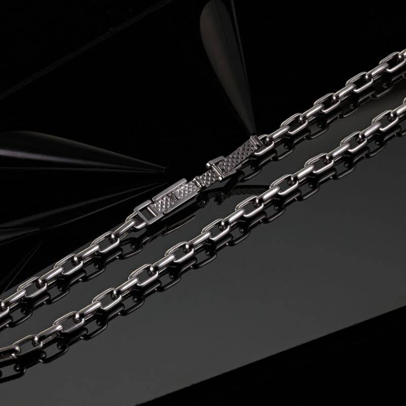 men's cable chain necklace in platinum